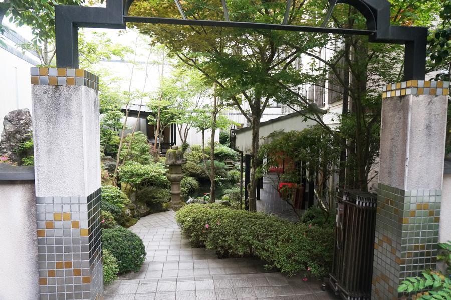 翠紅苑の中庭