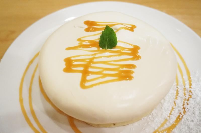 パンケーキ専門店ホイホイのメイプルクリームパンケーキ